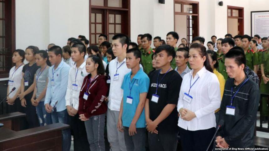 Tòa án ở Biên Hòa, Đồng Nai, xét xử 20 người biểu tình phản đối dự luật đặc khu, 30/7/2018