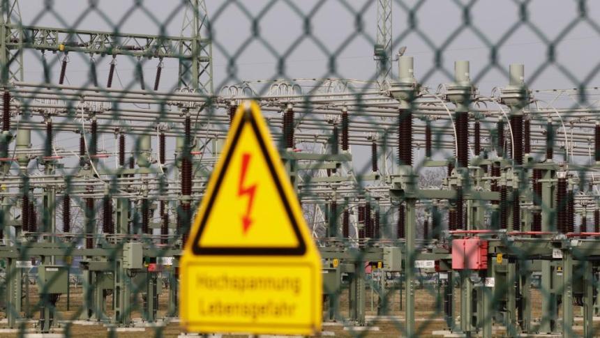 Một trạm biến áp của công ty 50Hertz tại Neuenha /REUTERS/Tobias Schwarz/File Photo