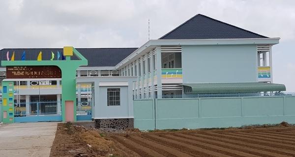Ngôi trường nơi bà Ni từng làm hiệu trưởng - Ảnh: Hàm Yên