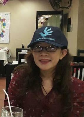 Cô giáo Nguyễn Thị Thái Lai- thân hữu Nha Trang, tình nguyện viên cho Chương trình bảo vệ nhân phẩm nữ sinh