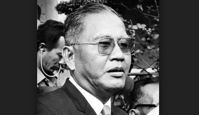 Dương Văn Minh.