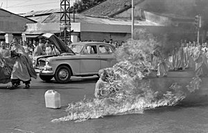 300px-Thích_Quảng_Đức_self-immolation.jpg