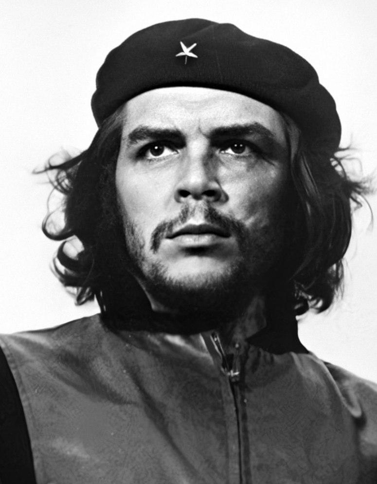 Ảnh 1: Che Guevarra ở một mình.